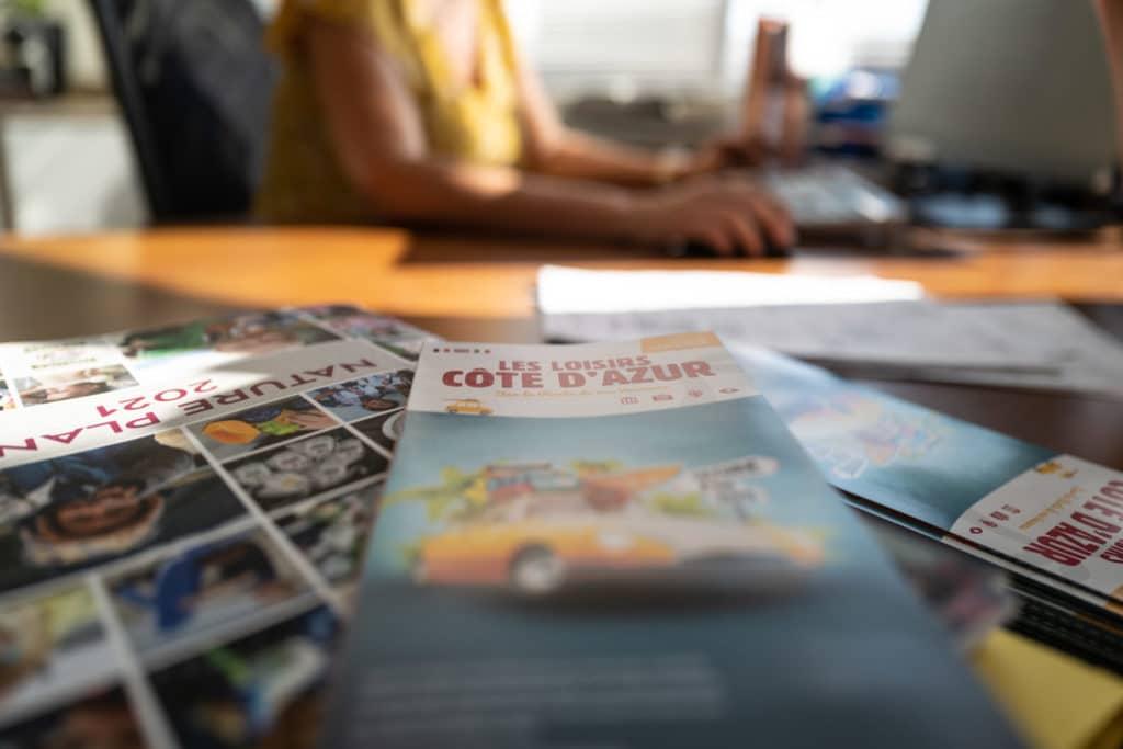 Dépliant Loisirs Côte d'azur Imprimé 500.000 ex